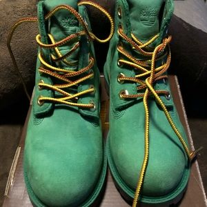 Gently worn authentic toddler timberland boots